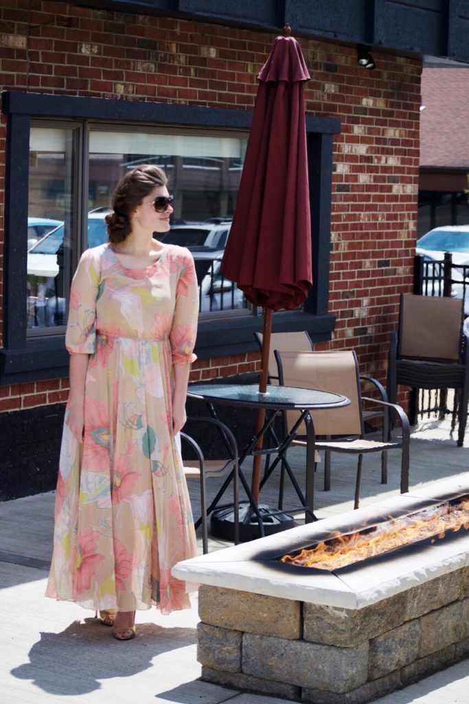 What to Wear to a Spring Wedding | Modest Style with @NicholeCriss on @ShesIntentional