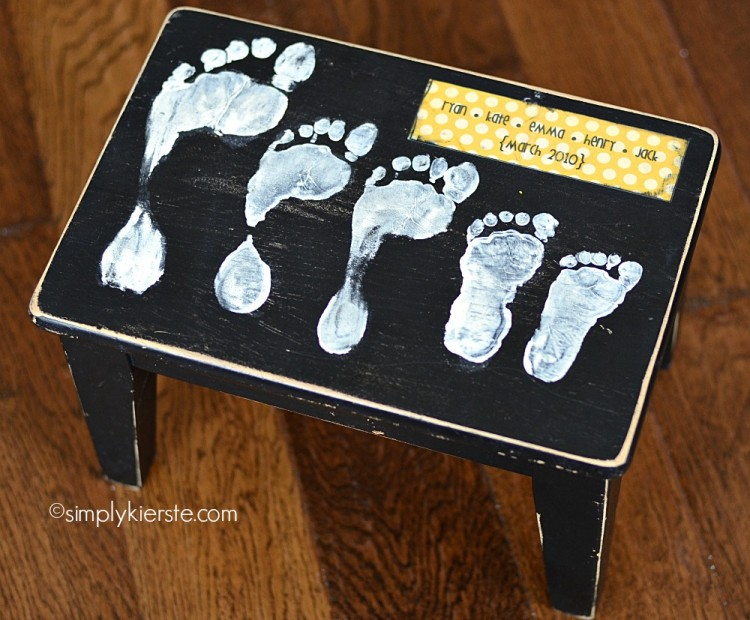 Footprint Stool | DIY Gifts